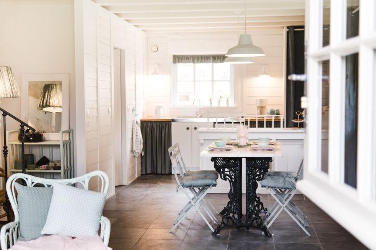 Gite La Maisonnette d Elise decoration interieur soeurettes and co
